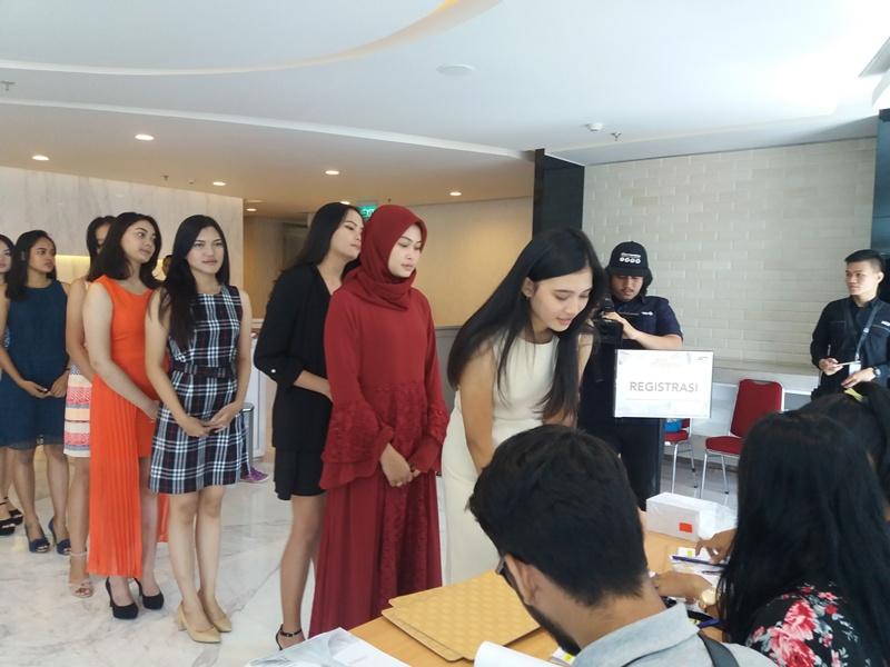 https: img.okeinfo.net content 2018 09 01 194 1944597 big-audition-miss-indonesia-2019-resmi-dimulai-jakarta-jadi-kota-pertama-ZxplVbf4M5.jpg