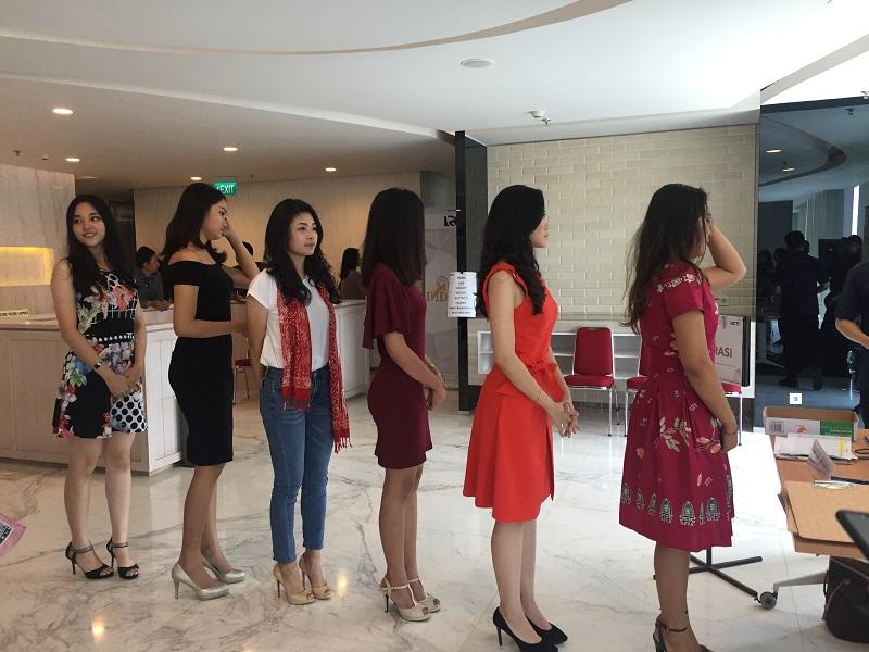 https: img.okeinfo.net content 2018 09 02 194 1944800 audisi-miss-indonesia-2019-hari-kedua-di-jakarta-digelar-catat-cara-daftarnya-O5WmahPhtV.JPG