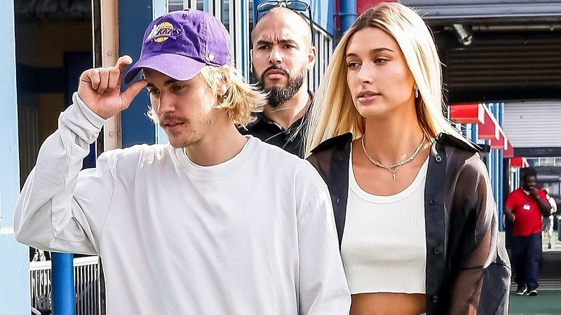 https: img.okeinfo.net content 2018 09 07 194 1947428 gaya-penampilan-hailey-baldwin-dan-justin-bieber-saat-hadiri-new-york-fashion-week-Ef7S2PUeEd.jpg