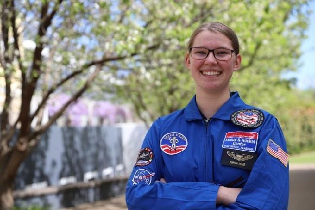 https: img.okeinfo.net content 2018 09 12 56 1949526 nasa-beri-kesempatan-pelajar-kenali-astronot-dan-stasiun-luar-angkasa-g5bpkWS20w.jpg