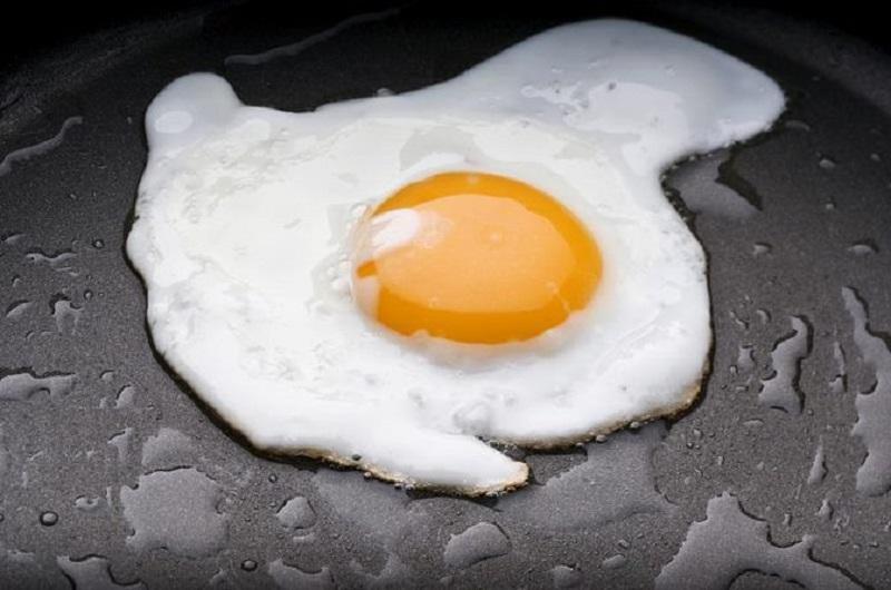 https: img.okeinfo.net content 2018 09 14 298 1950618 hanya-punya-bahan-telur-di-rumah-sontek-5-menu-dari-berbagai-negara-ini-kliKG4ZMn2.jpg