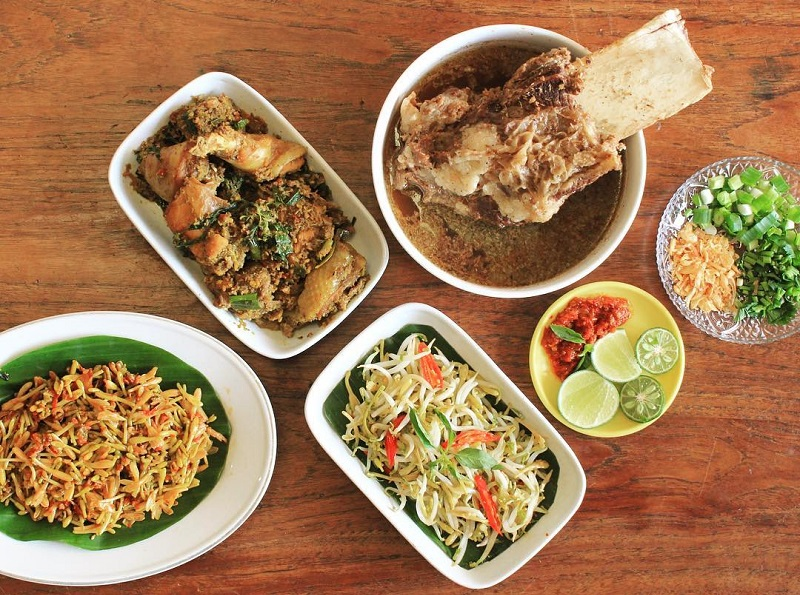 Menilik Karakteristik Kuliner Indonesia Salah Satunya Makanan