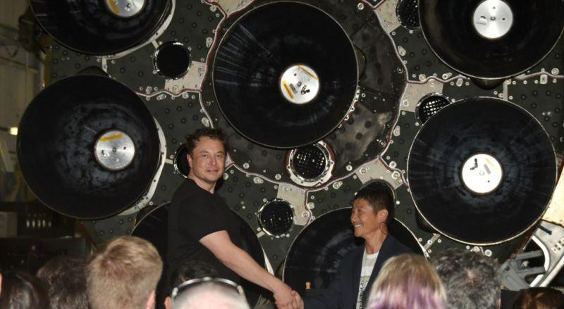 https: img.okeinfo.net content 2018 09 19 56 1952526 miliarder-jepang-jadi-penumpang-spacex-pertama-ke-bulan-PfMyTKnFBS.jpg