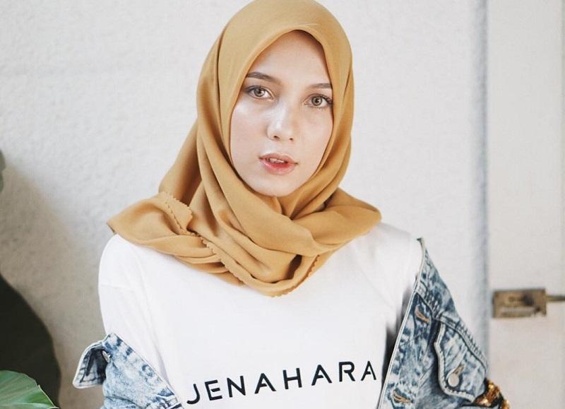 https: img.okeinfo.net content 2018 09 21 194 1953537 menanti-koleksi-anyar-jenahara-nasution-di-wonderful-indonesia-culinari-shopping-festival-TpS3O7D4lr.jpg