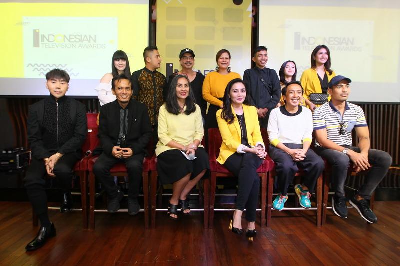 https: img.okeinfo.net content 2018 09 25 598 1955413 deretan-nominasi-14-kategori-ajang-penghargaan-indonesian-television-awards-2018-YJsK0iOiSy.jpg