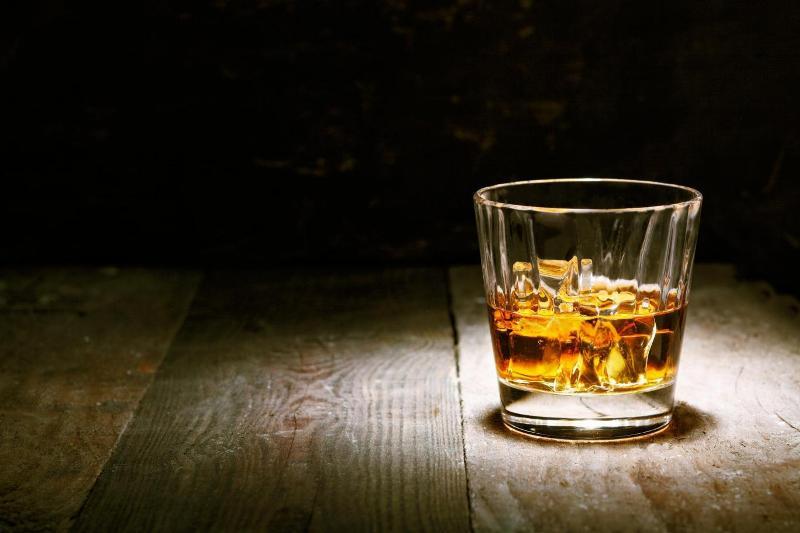 https: img.okeinfo.net content 2018 09 28 481 1956935 sering-lupa-ingatan-setelah-minum-alkohol-ini-alasannya-D8HGBSv1Wh.jpg