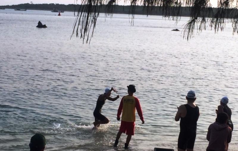 https: img.okeinfo.net content 2018 10 01 406 1958094 festival-tanjung-lesung-2018-ditutup-dengan-kompetisi-triathlon-lBAlcYVl0M.jpg