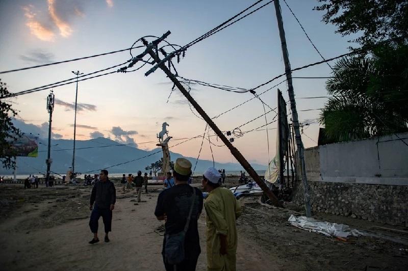 https: img.okeinfo.net content 2018 10 01 56 1958083 ilmuwan-terkejut-dengan-besarnya-kekuatan-tsunami-di-indonesia-zONaqGT0pp.jpg