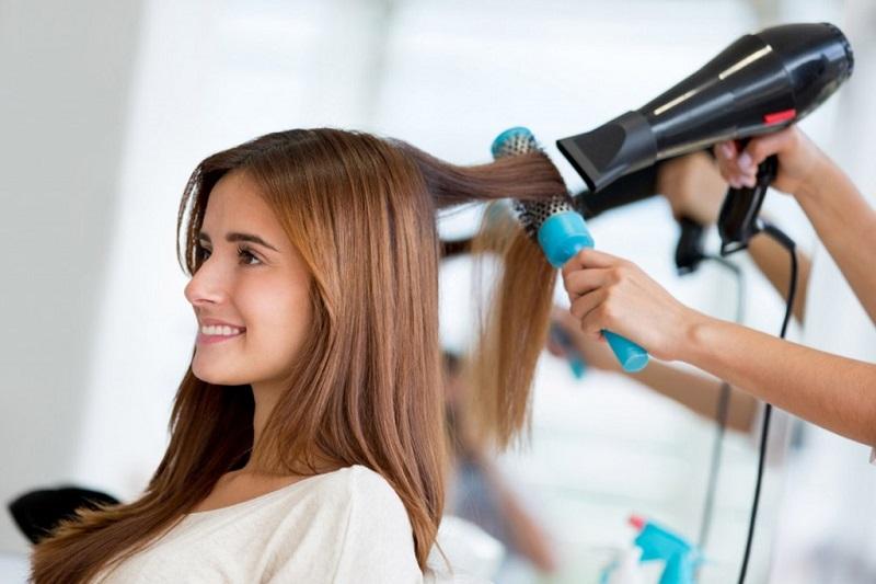 Hasilnya akan jauh lebih baik dan terhindar dari kerusakan rambut.