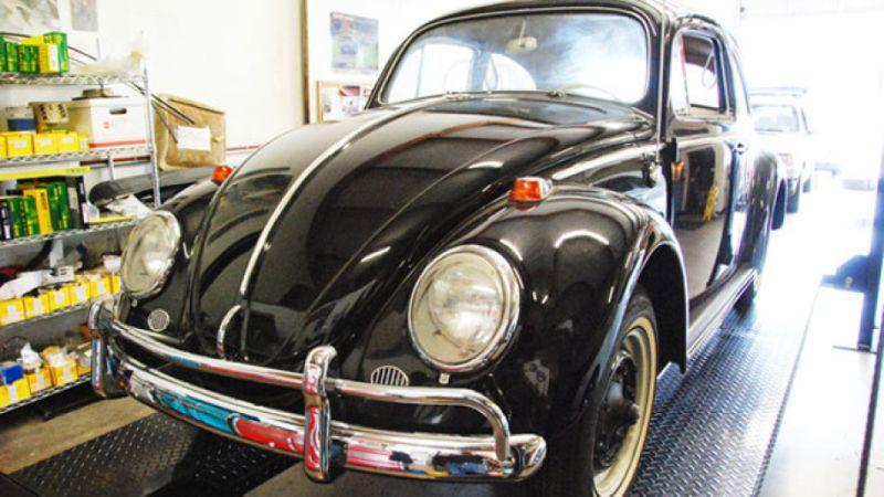 https: img.okeinfo.net content 2018 10 08 15 1961197 dapat-warisan-vw-beetle-1964-pria-ini-akan-menjualnya-seharga-rp15-miliar-BFabIwY2ai.jpg