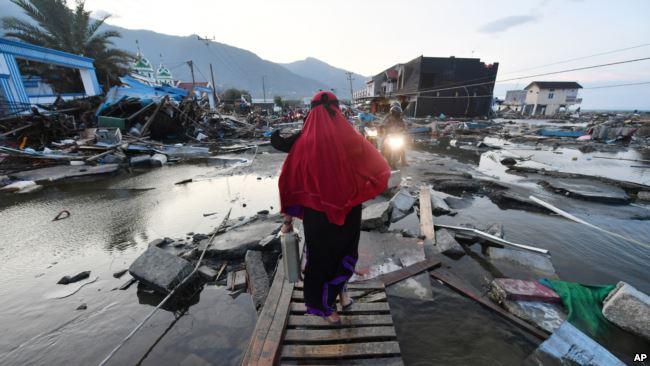https: img.okeinfo.net content 2018 10 10 65 1962085 kesaksian-para-hafidz-tunanetra-bisa-selamat-dari-gempa-dan-tsunami-palu-v0gQcj9Nmv.jpg