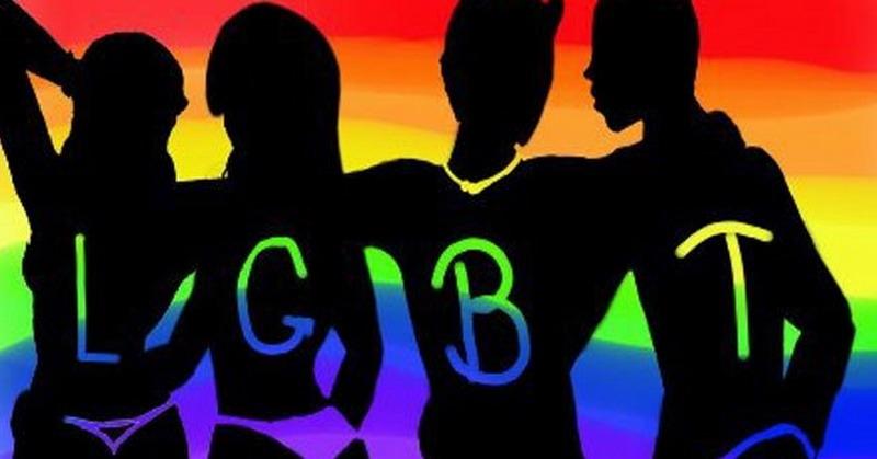 https: img.okeinfo.net content 2018 10 12 525 1963153 heboh-grup-gay-ratusan-pelajar-smp-di-garut-deklarasi-tolak-lgbt-XQZEih96Sb.jpg
