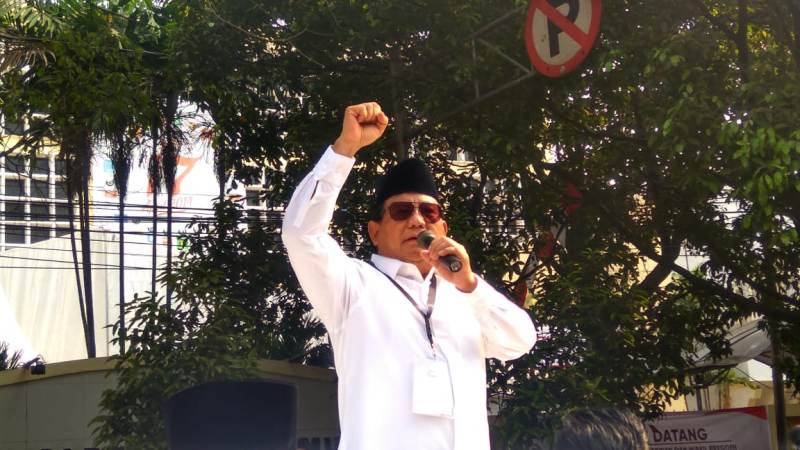 https: img.okeinfo.net content 2018 10 12 605 1963028 prabowo-gaungkan-make-indonesia-great-again-gerindra-kita-enggak-pakai-cara-donald-trump-1iyFByR2gt.jpeg