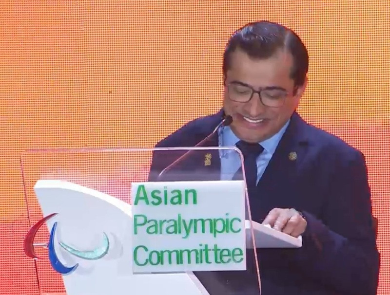 https: img.okeinfo.net content 2018 10 13 43 1963681 presiden-apc-berpantun-di-penutupan-asian-para-games-2018-11QIHUyssC.jpg