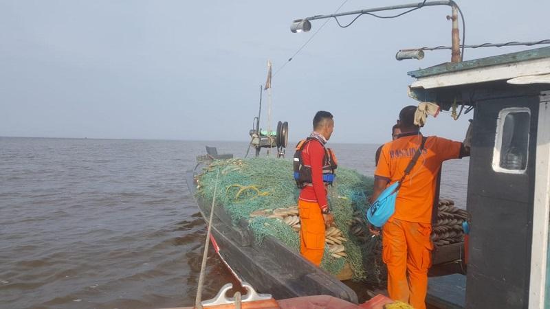 https: img.okeinfo.net content 2018 10 14 340 1963819 dilaporkan-hilang-longboat-bermuatan-25-orang-di-papua-telah-ditemukan-masyarakat-ZbFCrfdkCo.jpg