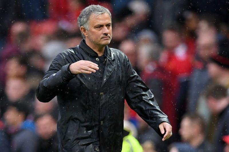 https: img.okeinfo.net content 2018 10 15 45 1964011 carrick-mourinho-tidak-anti-pemain-muda-oBspUtHxDI.jpg