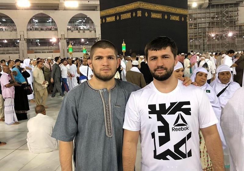 https: img.okeinfo.net content 2018 10 17 196 1965401 5-olahragawan-muslim-yang-taat-dan-berprestasi-di-dunia-y0BXrH36WX.jpg