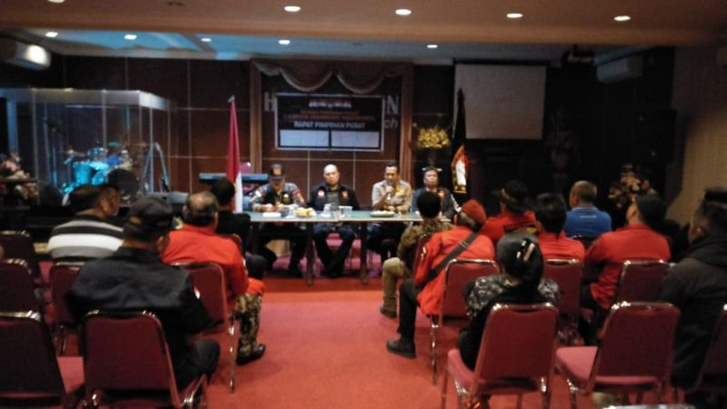 https: img.okeinfo.net content 2018 10 19 340 1966142 laskar-manguni-indonesia-tegaskan-tak-terlibat-aksi-penolakan-habib-bahar-bin-smith-di-manado-kWDpLKwCV3.jpg