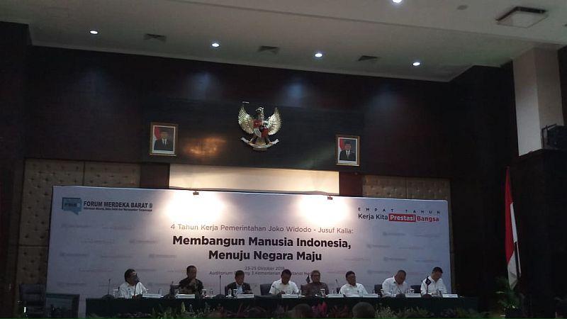 https: img.okeinfo.net content 2018 10 24 320 1968179 4-tahun-jokowi-jk-para-menteri-ini-blak-blakan-soal-indonesia-sentris-R3iHrTU7xf.jpg