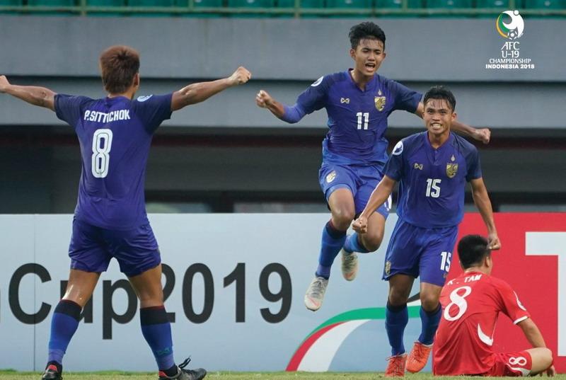 https: img.okeinfo.net content 2018 10 25 51 1968960 kandaskan-korut-thailand-temani-jepang-ke-perempatfinal-piala-asia-u-19-2018-WPV1dvXjky.jpg