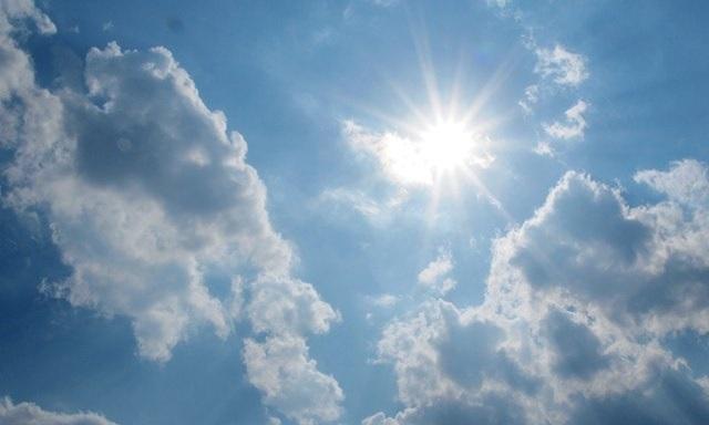 https: img.okeinfo.net content 2018 10 29 207 1970333 5-aplikasi-cuaca-terbaik-untuk-pengguna-android-dan-ios-q8HF3VFAiG.jpg