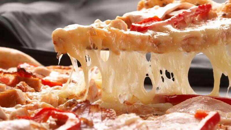 https: img.okeinfo.net content 2018 10 30 298 1970816 bisa-habiskan-pizza-monster-ini-dapat-rp8-6-juta-berani-coba-PN9Uabiq3U.jpg