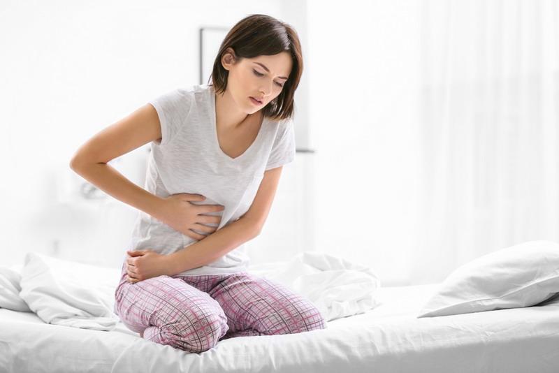 Sakit perut yang ringan atau muncul dalam waktu singkat biasanya akan hilang dengan sendirinya tanpa menimbulkan bahaya.