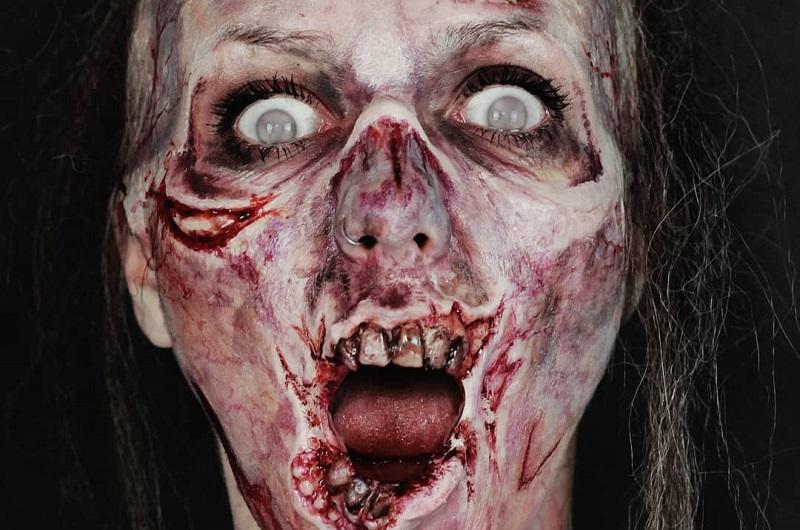 https: img.okeinfo.net content 2018 11 01 194 1971782 ketika-wanita-cantik-berubah-jadi-zombie-mukanya-meleleh-bikin-ngeri-YOZ2TiT5kk.jpg