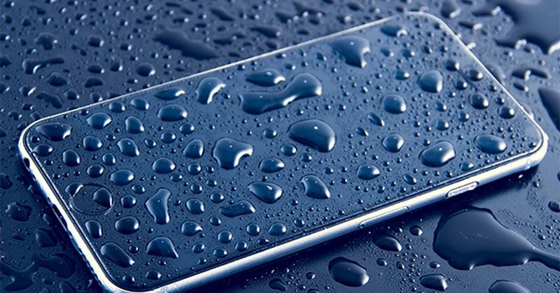 https: img.okeinfo.net content 2018 11 01 57 1972032 5-ponsel-terbaik-dengan-fitur-tahan-air-apa-saja-TLlBcI98VT.jpg
