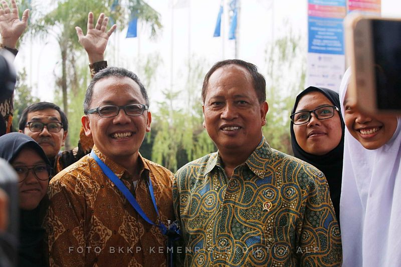 https: img.okeinfo.net content 2018 11 01 65 1972165 penguatan-daya-saing-riset-indonesia-tertinggi-kedua-di-asean-Eoqx0lPoaI.jpg