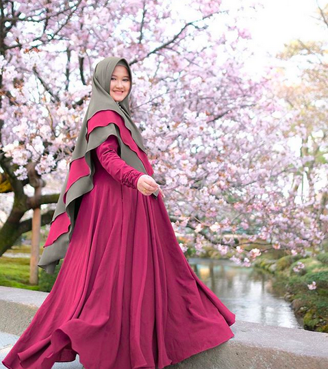 https: img.okeinfo.net content 2018 11 02 194 1972268 tampil-pipi-lebih-tirus-berkat-hijab-anti-tembam-hlqMJSgXsQ.png