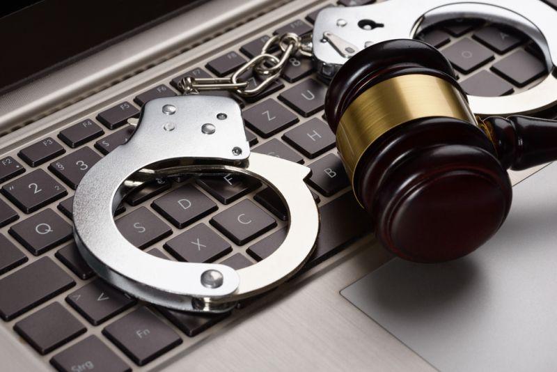 https: img.okeinfo.net content 2018 11 09 337 1975658 polisi-tangkap-sindikat-hacker-yang-dilakukan-anak-di-bawah-umur-wSblBuqEMk.jpg