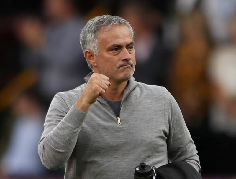https: img.okeinfo.net content 2018 11 11 45 1976260 mourinho-man-united-tengah-berjuang-keras-untuk-posisi-empat-besar-ERQ7JGGGZ5.jpg