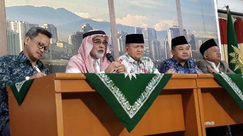 https: img.okeinfo.net content 2018 11 13 337 1977323 dubes-arab-untuk-indonesia-sayangkan-soal-pembakaran-kalimat-tauhid-di-garut-WF3IyG4kWU.jpg