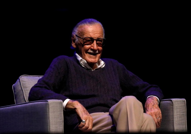 https: img.okeinfo.net content 2018 11 14 206 1977507 stan-lee-akan-jadi-cameo-di-film-ralph-breaks-the-internet-NmwfkfXPrh.jpg