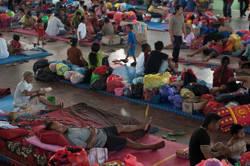 https: img.okeinfo.net content 2018 11 14 525 1977766 bantuan-makanan-mulai-berdatangan-bagi-korban-banjir-di-kabupaten-bandung-txla7n66Nd.jpg
