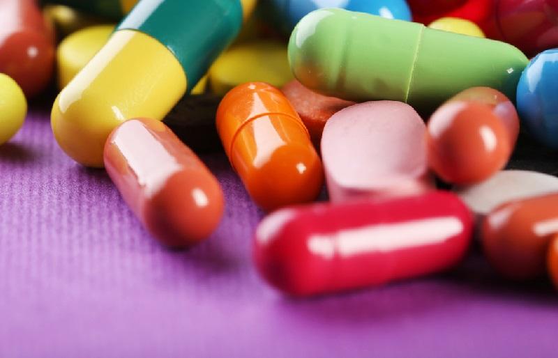 https: img.okeinfo.net content 2018 11 15 481 1978302 tak-habiskan-antibiotik-dari-dokter-bisa-berakibat-fatal-perhatikan-hal-ini-hdSJP1BZdT.jpg