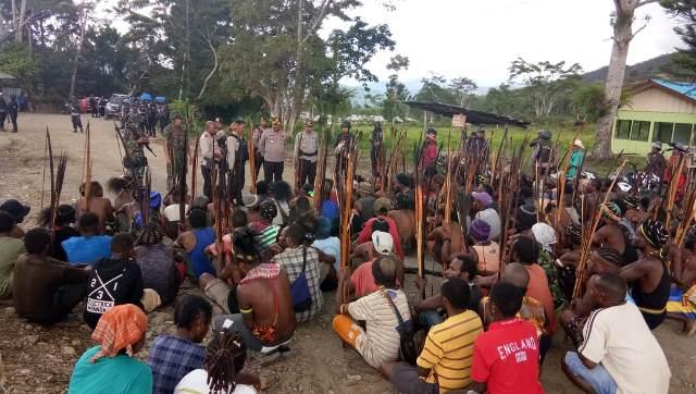https: img.okeinfo.net content 2018 11 17 340 1979202 3-tewas-akibat-bentrok-warga-di-mamberamo-papua-9mjdYuD13l.jpg