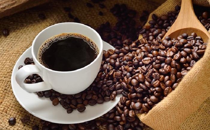 https: img.okeinfo.net content 2018 11 21 481 1980826 konsumsi-kopi-hitam-dapat-mengurangi-risiko-alzheimer-dan-penyakit-parkinson-vbRgOjAf0a.jpg