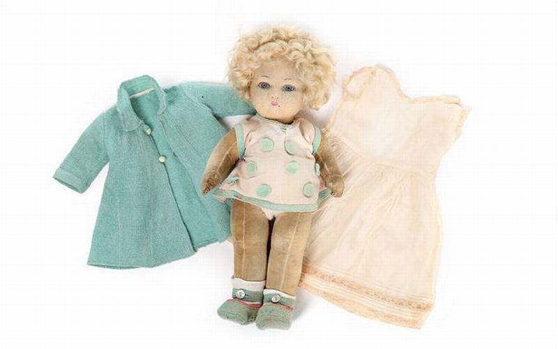 https: img.okeinfo.net content 2018 11 27 196 1983657 boneka-masa-kecil-ratu-elizabeth-akan-dilelang-sekira-rp22-jutaan-a2ne7l3jS5.jpg