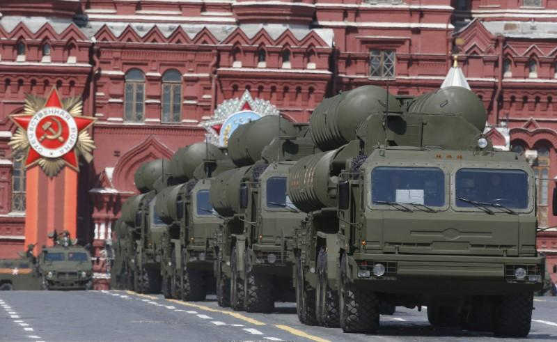 https: img.okeinfo.net content 2018 11 28 18 1984051 tegang-dengan-ukraina-rusia-kirimkan-sistem-rudal-s-400-ke-krimea-McOQhcZys6.jpg
