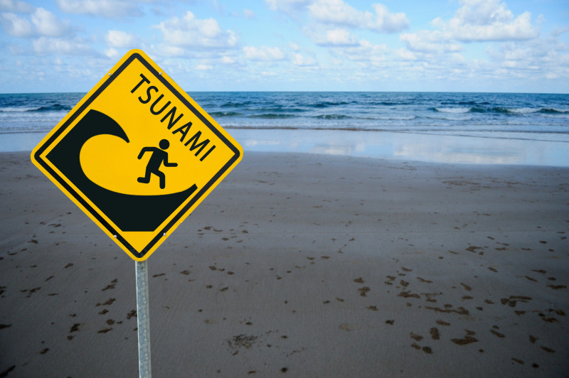 https: img.okeinfo.net content 2018 12 04 510 1986838 16-desa-di-pesisir-gunungkidul-rawan-tsunami-8ADG8ZFUep.jpg
