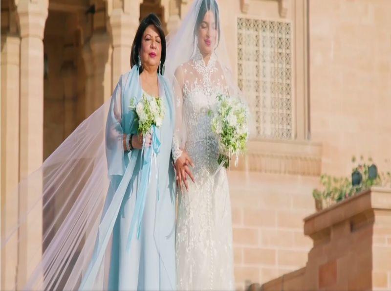 https: img.okeinfo.net content 2018 12 05 406 1987034 fantastis-panjang-veil-gaun-pengantin-priyanka-chopra-lebih-dari-22-meter-LEAyzABuAm.jpg
