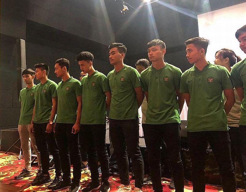 https: img.okeinfo.net content 2018 12 05 51 1987072 daftar-nomor-punggung-skuad-timnas-futsal-indonesia-u-20-7yP6VC9vCz.jpg