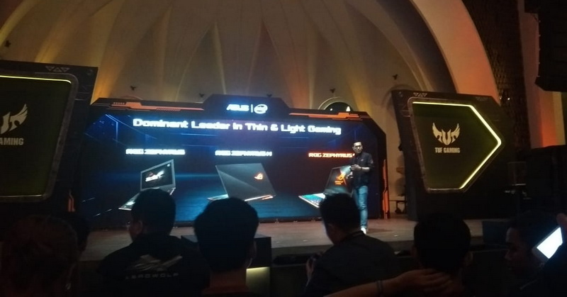 https: img.okeinfo.net content 2018 12 06 57 1987635 asus-perkenalkan-sejumlah-laptop-gaming-terbaru-di-indonesia-22IrmWCper.jpg