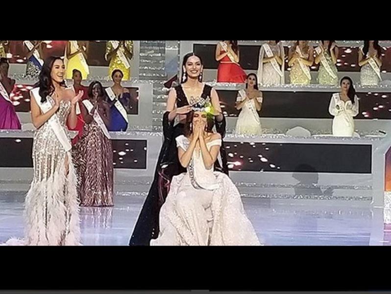 https: img.okeinfo.net content 2018 12 09 194 1988854 curhat-manushi-chhillar-setelah-berikan-mahkota-miss-world-ke-vanessa-ponce-ocrG1XP7bG.jpg