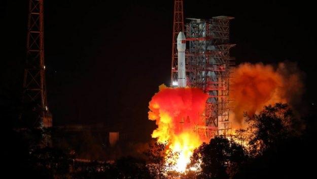 https: img.okeinfo.net content 2018 12 10 56 1989328 misi-luar-angkasa-chang-e-4-pelajari-sisi-terjauh-bulan-WaV2bzdAeY.jpg