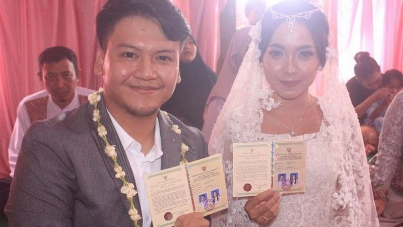 Selamat! Ilham 'SMASH' Dikaruiniai Putri Pertama
