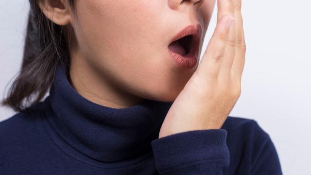 https: img.okeinfo.net content 2018 12 13 481 1990727 bau-mulut-pada-penderita-ginjal-ini-penyebabnya-0sODNxUVZa.jpg