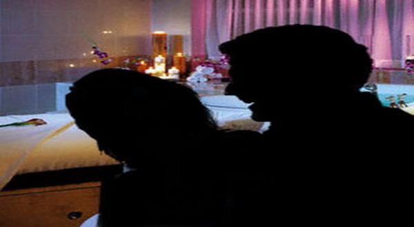 https: img.okeinfo.net content 2018 12 14 510 1991485 polisi-dalami-peran-10-orang-yang-terlibat-pesta-seks-yogyakarta-51pw97Nq5g.jpg